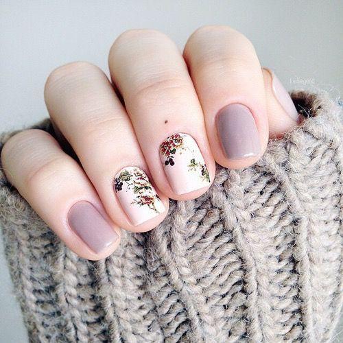 Trending print floral Marble nail art