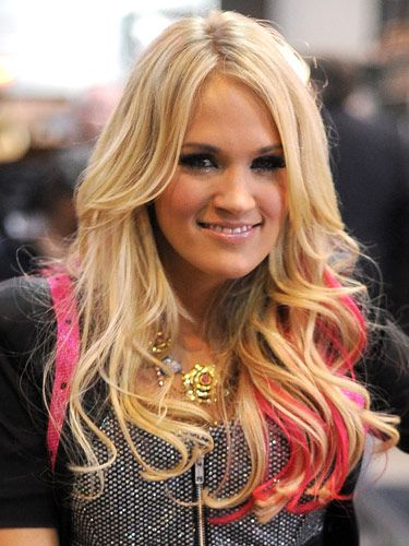 Trendy two color tone style Layer Hairstyle