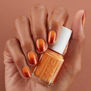 Unique Golden and red Ombre nail art