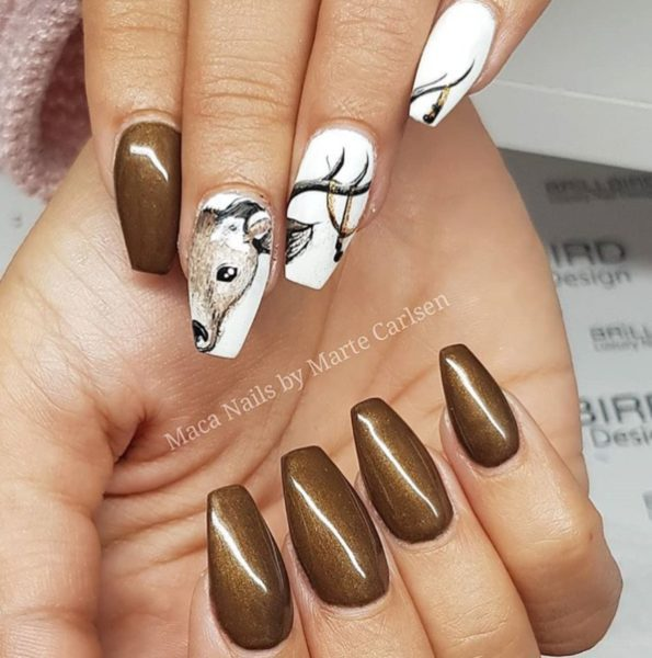 Unique animal color print Marble nail art