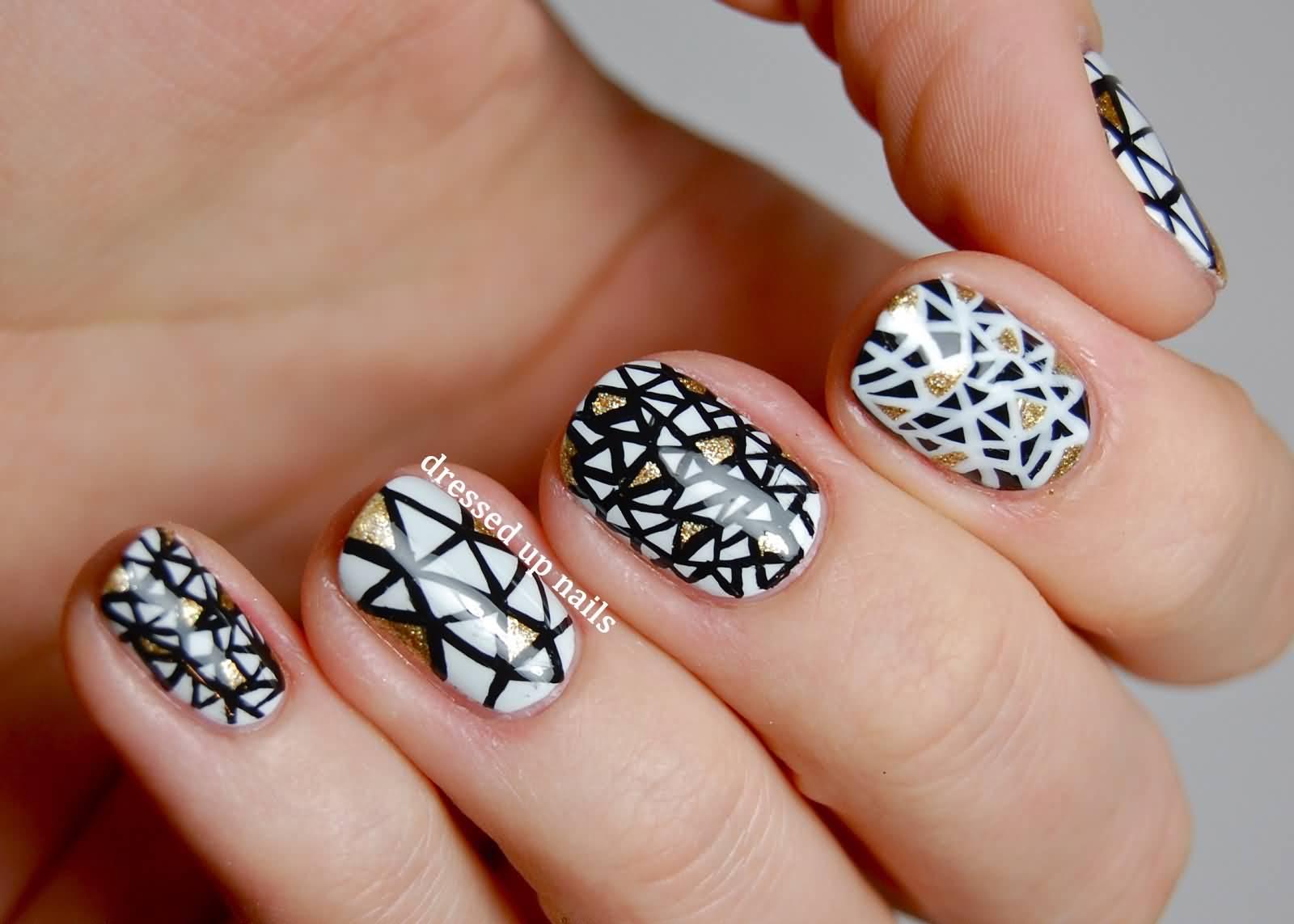 Wonderful black & white marble Contrast nail art