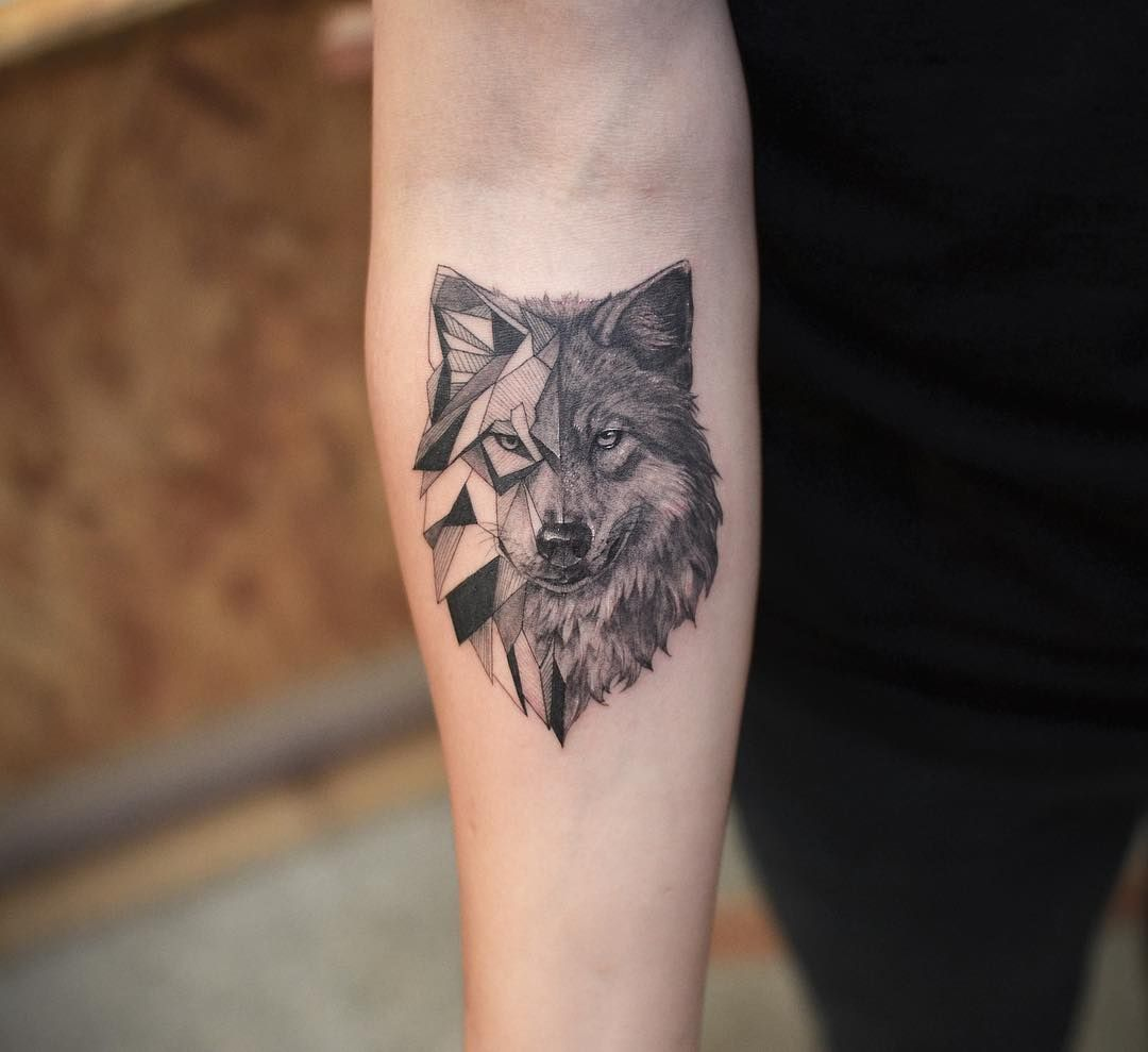 Attractive Wolf Tattoo Design Geomatric Style