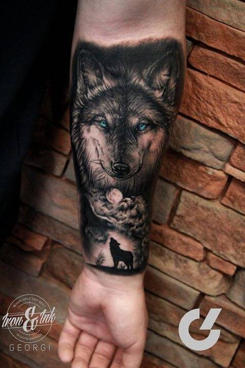 Beautiful Wolf Tattoo Art For Men Arm