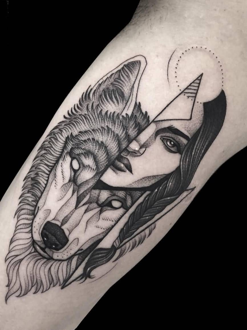 Brilliant Wolf Tattoo Design On Bicep